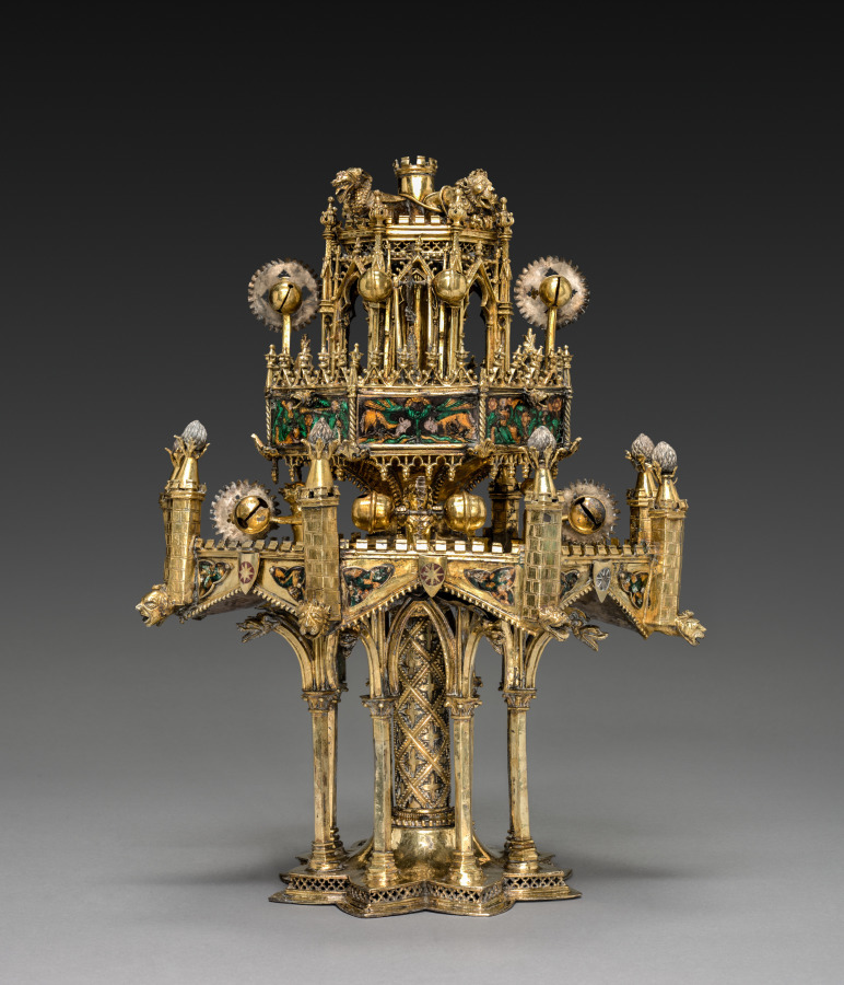 Gothic table fountain
